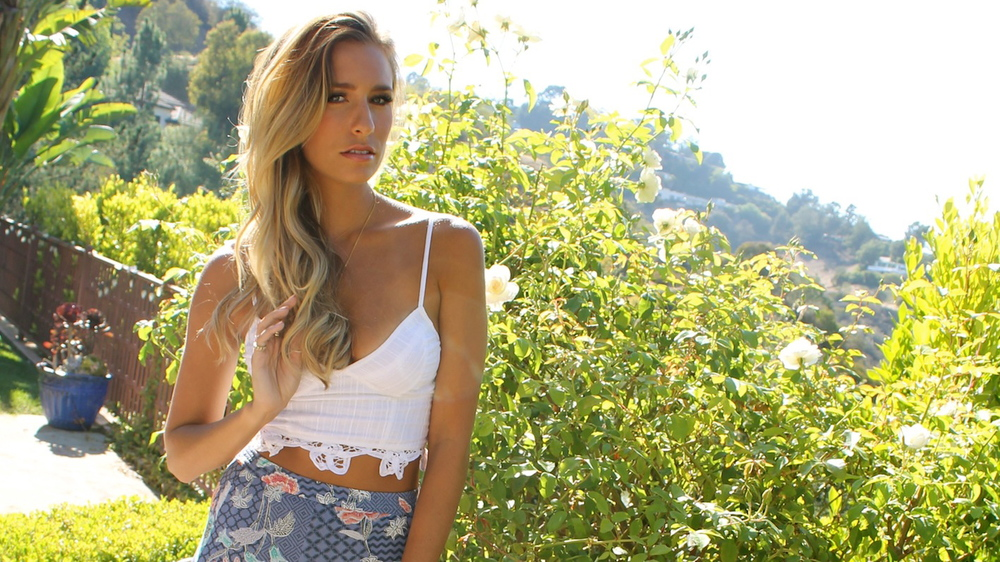 Renee Bargh Photography | Gemma Pranita